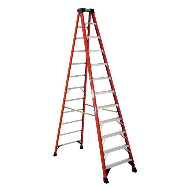Where to find 12  Ladder in Boston